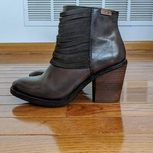 PIKOLINOS Shoes - Pikolinos Alicante Gray Leather Ankle Boots
